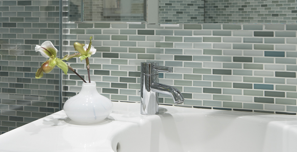 Glacier Stone Source - Clear glass tiles 4x4