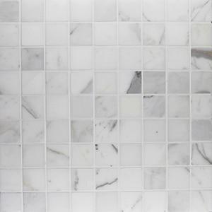 Calacatta-Honed-1.25-x-1.25-Mosaic-Marble2